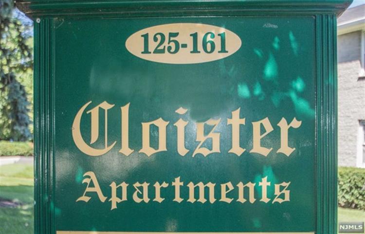149 South Maple Avenue, Unit #h H, Ridgewood, NJ - USA (photo 2)