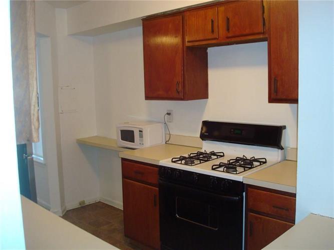 1128 Schmidt Lane, North Brunswick, NJ - USA (photo 5)