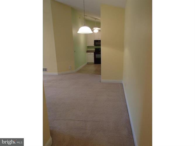 1324 W Chester Pike 309, West Chester, PA - USA (photo 4)