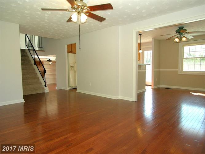 2712 Pinewood Dr, Waldorf, MD - USA (photo 5)