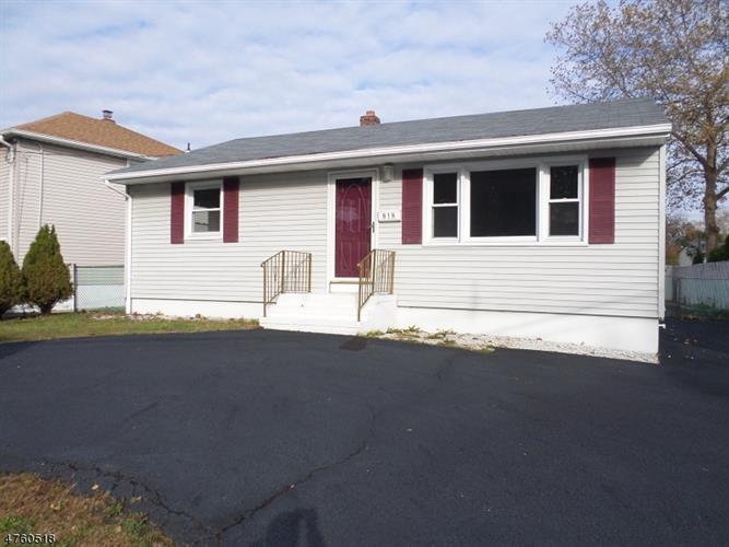 818 Joralemon St, Belleville, NJ - USA (photo 2)