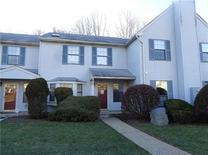 2405 Deerfield Drive 2405, Edison, NJ - USA (photo 1)