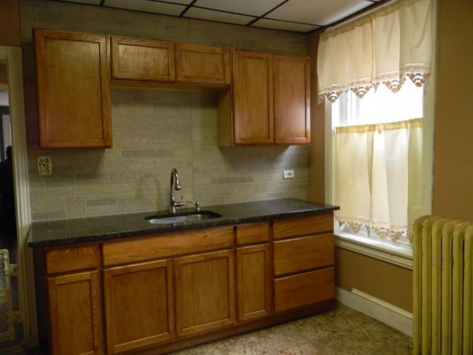 541 Buttonwood St, Norristown, PA - USA (photo 3)