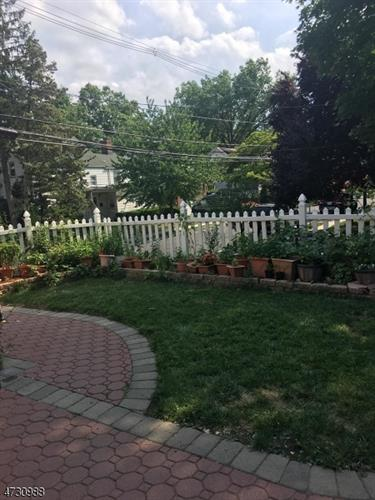 1-5 Van Ness Ter, Maplewood, NJ - USA (photo 5)