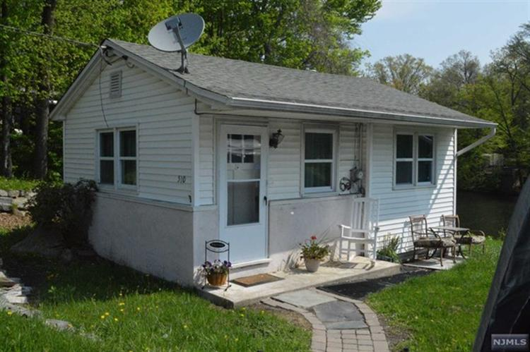 510 Warwick Turnpike, West Milford, NJ - USA (photo 1)