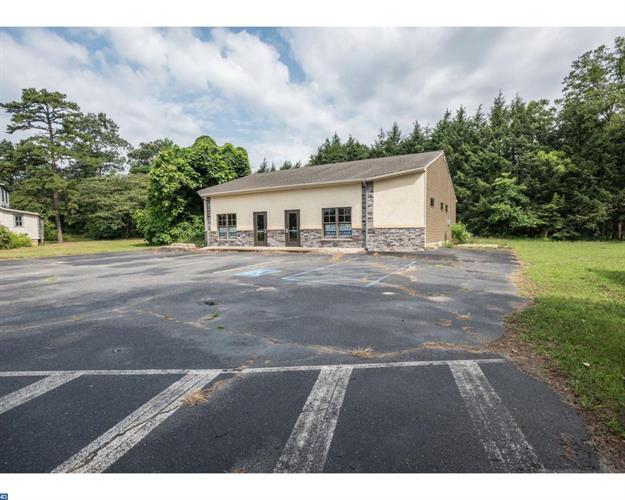 394 Medford Lakes Rd, Indian Mills, NJ - USA (photo 3)