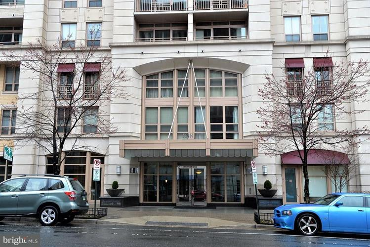 888 Quincy Street N 1501, Arlington, VA - USA (photo 3)