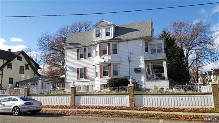82 Stuyvesant Ave, Kearny, NJ - USA (photo 3)