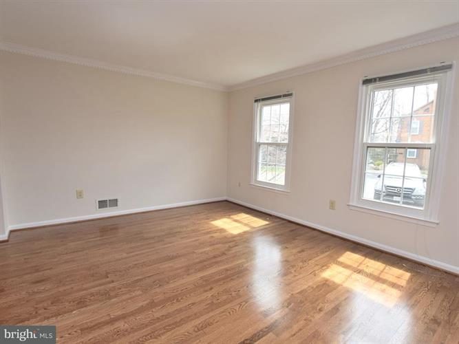 12548 Sweet Leaf Terrace, Fairfax, VA - USA (photo 2)
