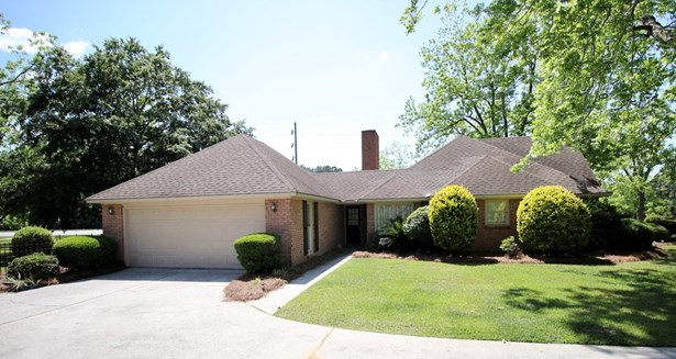 House - Hahira, GA (photo 5)