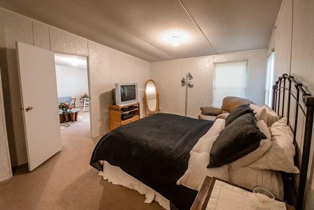 Mobile Home - Naylor, GA (photo 5)