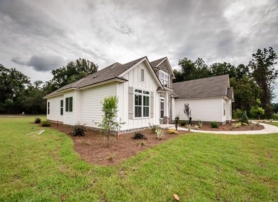 House - Hahira, GA (photo 4)