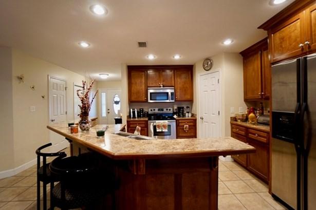 House - Lakeland, GA (photo 5)