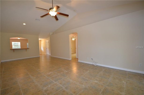 Florida, Duplex - PORT CHARLOTTE, FL (photo 4)