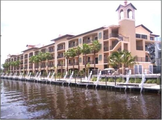 Condominium - PUNTA GORDA, FL