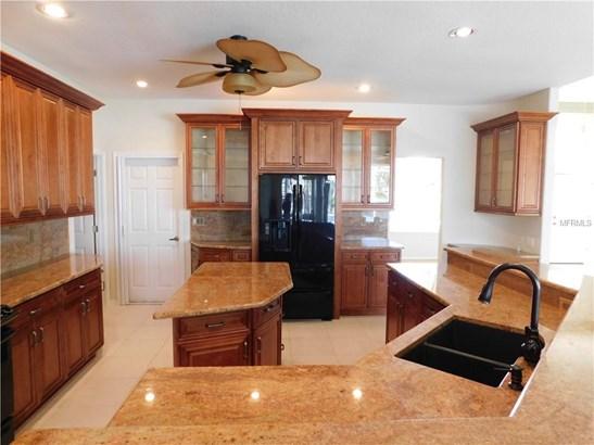 Single Family Residence, Traditional - PUNTA GORDA, FL (photo 5)