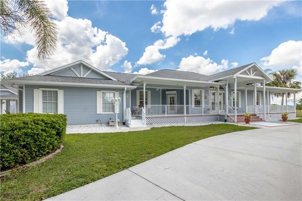 Single Family Residence, Florida - PUNTA GORDA, FL (photo 2)