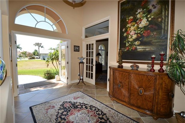 Single Family Residence, Florida - PUNTA GORDA, FL (photo 3)