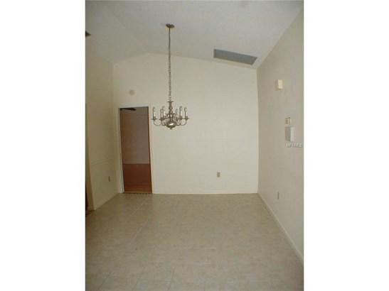 Single Family Home - PORT CHARLOTTE, FL (photo 4)