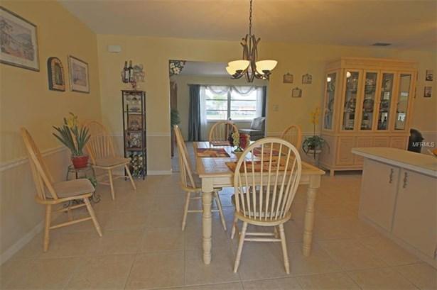 Single Family Residence, Florida - PORT CHARLOTTE, FL (photo 3)