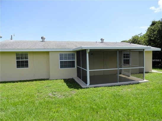 Single Family Residence, Florida - PORT CHARLOTTE, FL (photo 4)