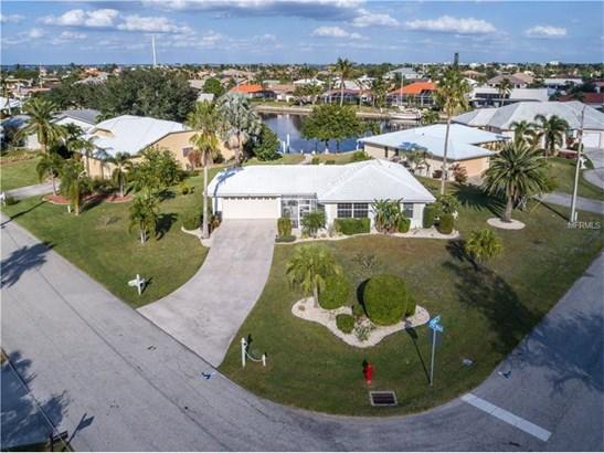 Single Family Home, Bungalow - PUNTA GORDA, FL (photo 1)