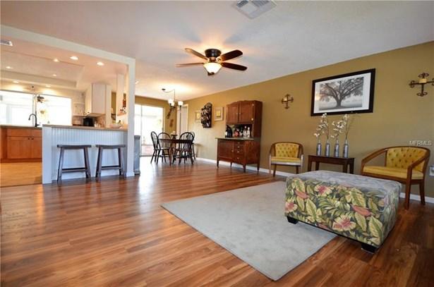 Single Family Home, Ranch - PORT CHARLOTTE, FL (photo 4)