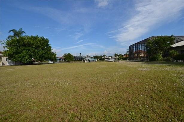 Residential - PORT CHARLOTTE, FL (photo 3)