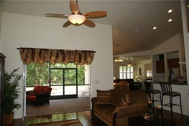 Single Family Home, Florida - PORT CHARLOTTE, FL (photo 2)