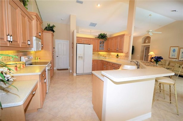 Single Family Residence, Custom,Florida - ROTONDA WEST, FL (photo 5)