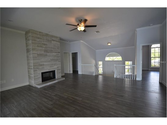 Single Family Home, Florida - PORT CHARLOTTE, FL (photo 3)