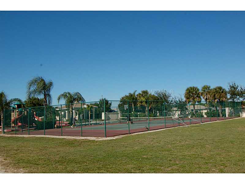 Residential - PORT CHARLOTTE, FL (photo 4)