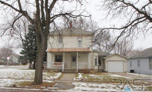 Two Story, Single Family - Canton, SD (photo 1)