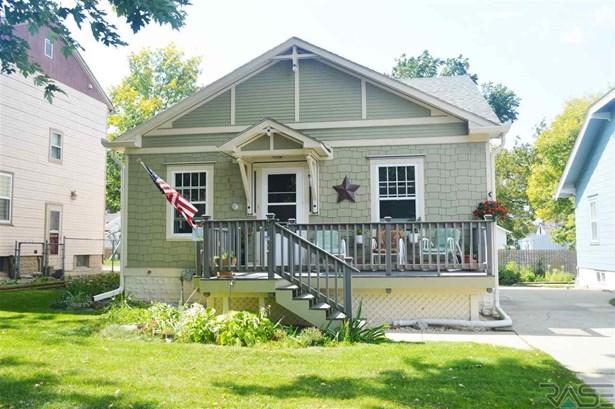 1.5 Story, Single Family - Sioux Falls, SD (photo 1)
