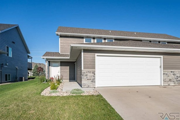 Two Story, Twin Home - Sioux Falls, SD