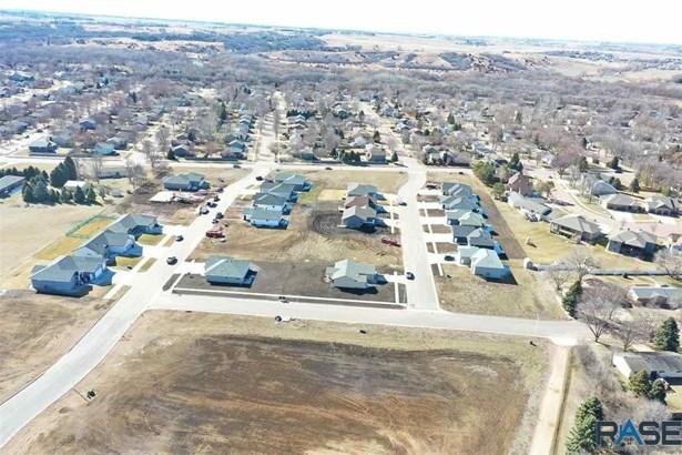 Resi 1 acre or less - Brandon, SD