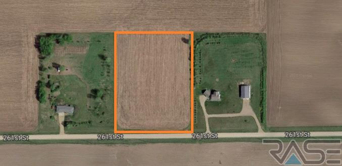 Resi Over 1 acre - Valley Springs, SD (photo 1)