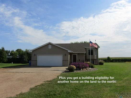 Split Foyer, Single Family - Humboldt, SD