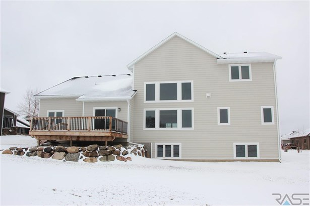 Two Story, Single Family - Dell Rapids, SD (photo 2)