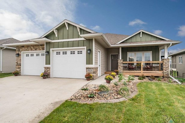 Ranch, Single Family - Sioux Falls, SD