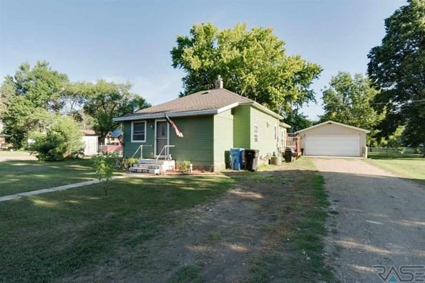 Ranch, Single Family - Salem, SD (photo 1)