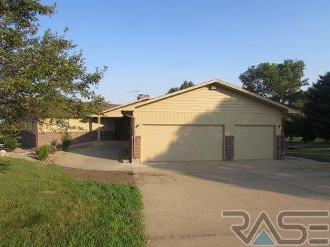 Ranch, Single Family - Sioux Falls, SD (photo 4)