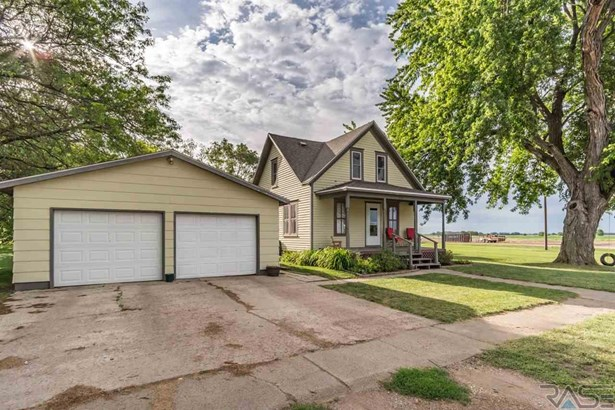 1.5 Story, Single Family - Centerville, SD (photo 1)