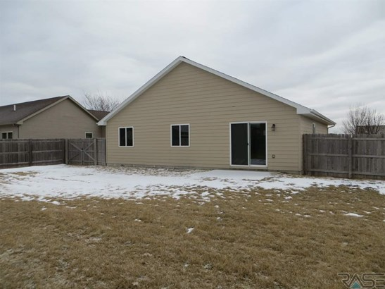 Ranch, Single Family - Sioux Falls, SD (photo 2)