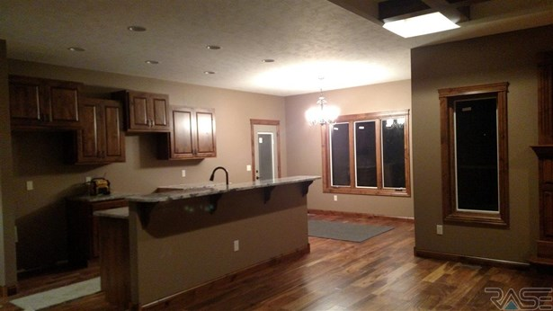 Ranch, Single Family - Brandon, SD (photo 4)