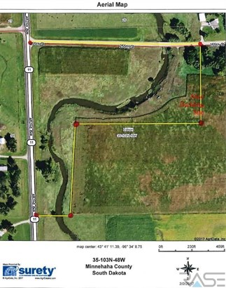 Resi Over 1 acre - Garretson, SD (photo 2)