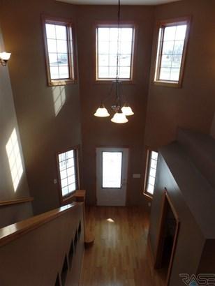 1.5 Story, Single Family - Hartford, SD (photo 3)