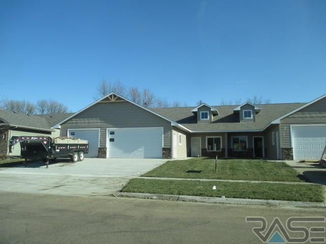 Ranch, Twin Home - Harrisburg, SD (photo 1)