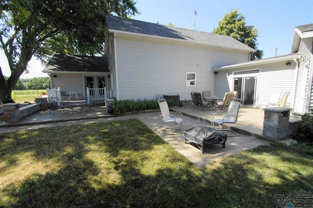 Two Story, Single Family - Canton, SD (photo 4)