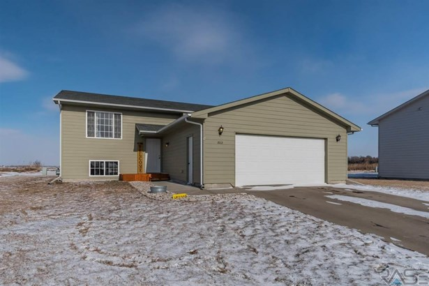 Split Foyer, Single Family - Worthing, SD (photo 1)
